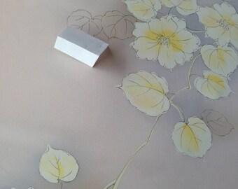 Vintage Japanese silk kimono fabric 92 cm x 36 cm pink grey floral pattern