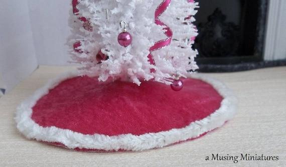 Dollhouse Miniature Velvet Christmas Tree Skirt Pink