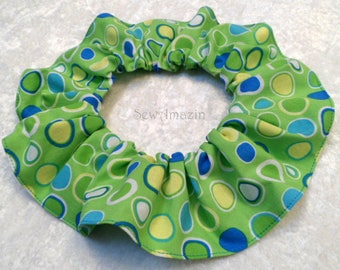Green Dots Easter Dog Scrunchie Neck Ruffle