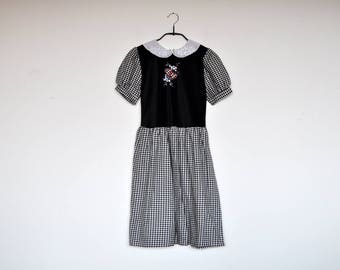 Vintage Black and White Checkered Puff Sleeve Lace Peter Pan Collar Girl's / Petite Women Dirndl Dress