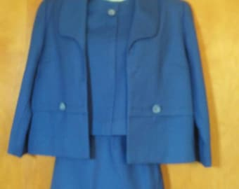 Vintage 1960s 3 pc blue tailored suit with button trim
