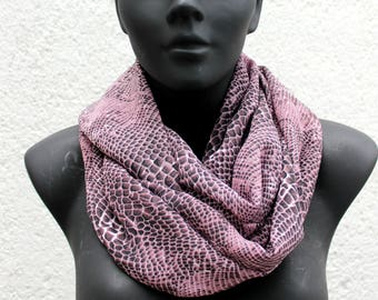 Infinity scarf, tubular cowl, circular neckwarmer, Snakeskin lilac and black chiffon, lightweight. Gift for her. Modern style