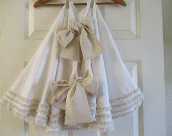Christmas Tree Skirt in Pretty White Cotton with Oatmeal Trim - 70""