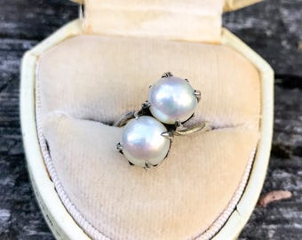 Free Shipping: SALE Exquisite Vintage Akoya Pearl Moi et Toi Ring • Size 5