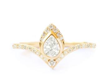 Natural Pear Diamond Engagement Ring, Chevron Band Diamond Pave Ring, Teardrop Diamond Ring, Gold 14K/18k Diamonds Pave Shank Third Eye Ring