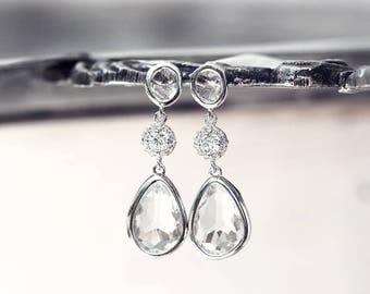 Bridal crystal earrings, Silver teardrop earrings, Crystal bridal earrings, Clear bridal earrings, Cubic zirconia earrings, White CZ 656