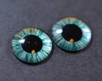 Emerald Hand Painted Eyes for Blythe