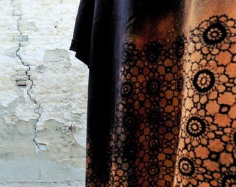 Black & rust - Handmade Doily Black Men's T-shirts