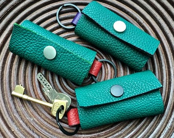 Handmade in UK soft thick 2-colour green grainy leather key holder key ring key pouch key case