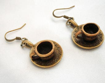 Earrings cups Alice Wonderland country