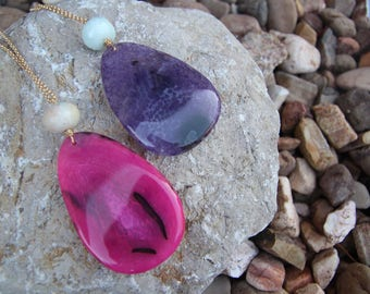 wire wrapped agate gemstone pendant necklace