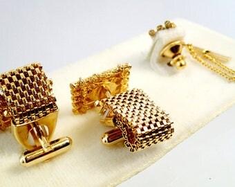 FREE Shipping Vintage Cufflinks Life Raft Jade Stone On Original Card with Tie Tack Gemstone Semi Precious formal Cuff Links Mens
