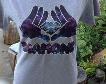 Vintage kitschy Diamond tshirt size medium free domestic shipping