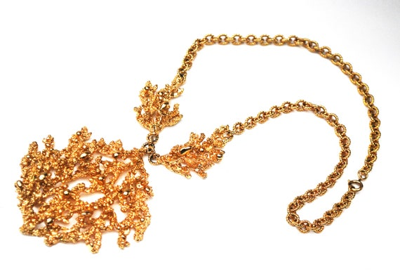 Napier Coral Necklace - Book Piece - Eugene Bertolli - sculpted Coral -Gold Plated - Statement Necklace