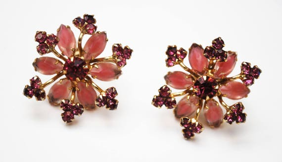 Pink rhinestone flower earrings - Signed Continental - Pink Givre Glass - gold metal - screw back earrings