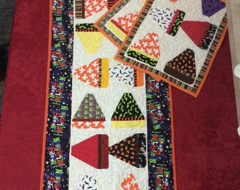 Candy Corn Table Runner and Placemats