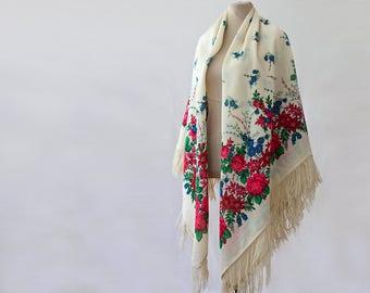 off white Russian shawl, floral wedding shawl, cream with pink and blue, Ukrainian shawl, cream wedding throw, fringed shawl, floral throw