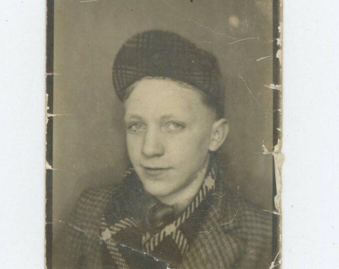 Vintage Arcade Photo Booth: Teenage Boy, c1950s (712632)