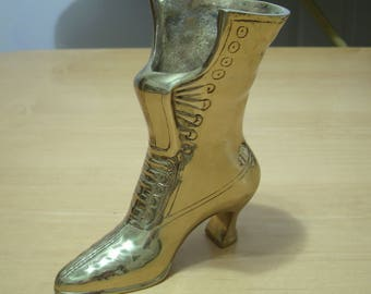 Free shipping! Old fashioned heavy brass miniature boot. OOOH SHINY!