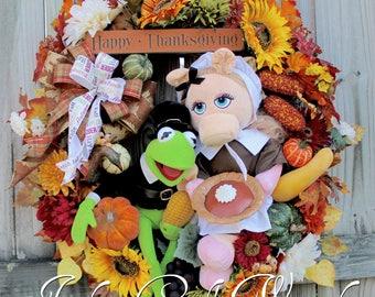 Kermit the Frog and Miss Piggy Muppets Thanksgiving Pilgrims Wreath, Large Harvest Sunflower Wreath, Jim Hensen, Pumpkin Pie
