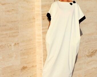 SALE ON 20 % OFF Black and off white Caftan, Abaya, Maxi Dress, Caftan dress, Kaftan, Oversized Dress, Party Dress, Prom Dress