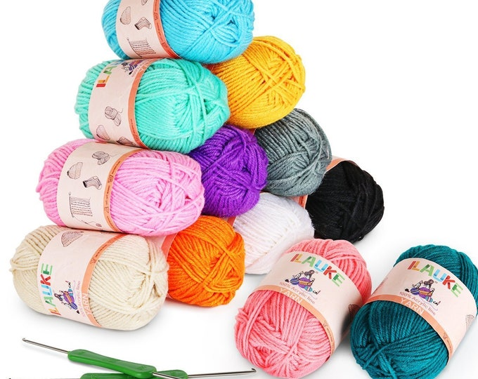 12 x 50g Balls of Assorted Double Knitting Yarn Plus 2 Crochets ilauke Coloured Acrylic Yarn Set Art and Craft Suppier Yarn