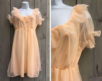 Vintage lingerie | Peach nylon sheer babydoll ruffled nightie
