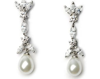Pearl Floral Earring, Wedding Pearl Earrings, Bridal Earrings, CZ & Pearl Earrings, Floral Wedding Earring, Pearl Earrings, Jewelry ~JE-1472