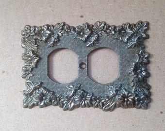 Vintage Brass Electrical Outlet Cover Decorative Switch Plate outlet Cover Ornate