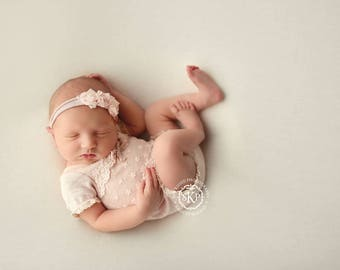 Newborn Photography Fabric Backdrop -  Camden Knit Backdrop - Cream - Newborn Backdrop Posing Fabric