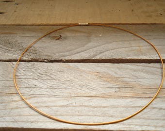 Necklace cable stiff light brown