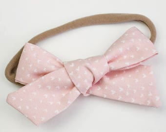 Light Pink Hand Tied Bow, Alligator Clip, School Girl Bow, Big Girl Bows, Infant Bow, Hair Accessories, Valentine's Day Bow