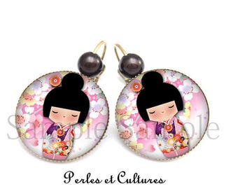 Cabochon - Japanese doll Kokeshi earrings black purple pink sakura flowers