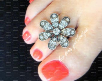 Toe Ring | Daisy Rhinestone | Silver | Slider Stretch Bead Toe Ring