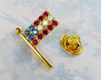 Rhinestone Flag Pin, American Flag Red White Blue Crystal Brooch, United States Rhinestone Flag Jewelry, Sparkle USA Crystal Flag Brooch