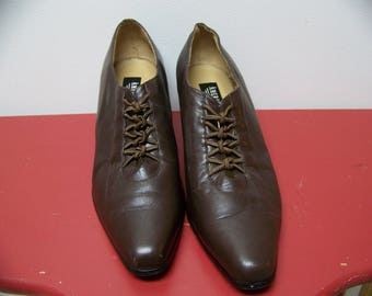 size 10 period costume shoes