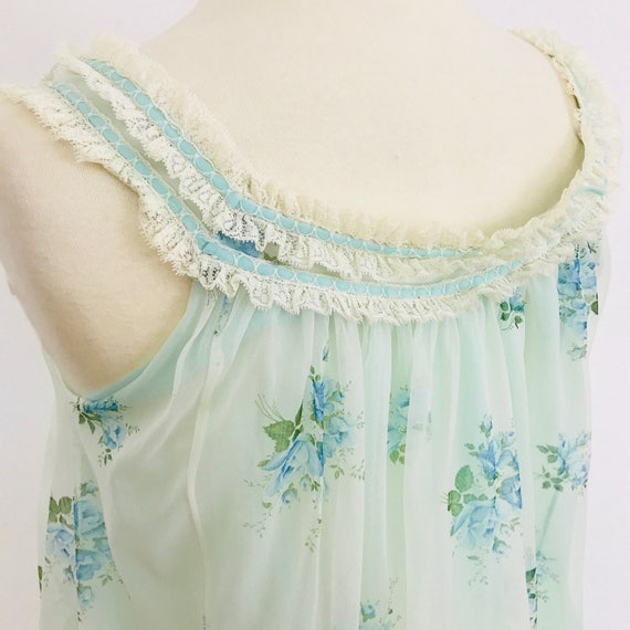 Vintage nylon nightgown sheer baby blue 1960s frilly vintage rose print lace trim Nightie slumber 60s size 10 pin up burlesque st Michael