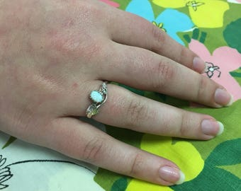 Oval Opal Handmade Natuve American Sterling Silver Ring // Dot and Feather detailing // sizes 6, 6.5, and 8