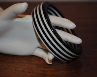 Black, White, Bangle, Lucite, Stripe, Bracelet, Vintage, Layered, Stripes, Size, Medium, Large, Two and Half