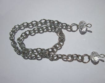 silver metal chain with glass (D37)