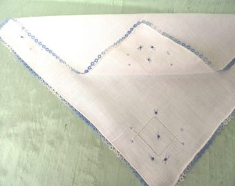 Blue tatted and embroidered handkerchief / vintage linen hankie