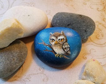 Hand Painted River Stone.   #STN-16