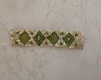 Silver with Green Diamonds Beaded Bracelet, comes with Gift Bag & Heart Charm