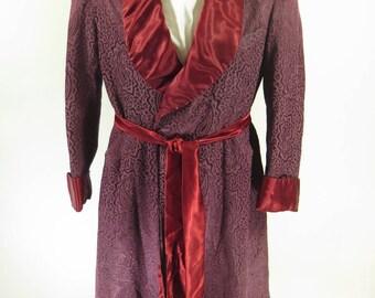 Vintage 40s Smoking Paisley Rayon Robe Mens USA made Burgundy [I08V_2-3]
