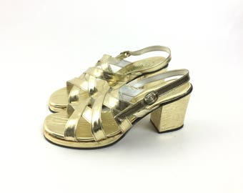 6 gold shoes Platform shoes 1970 shoes 70 shoes gold sandals costume shoes hippie shoes gold heels Vintage shoes disco shoe women shoes,