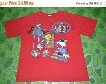ON SALE 20% Vintage 90s LOONEY Tunes Cartoon Warner Bros Size Xl 80s T-shirt