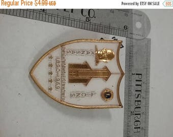 10% OFF 3 day sale Vintage used Dwight Eisenhower  Lions shield pin