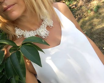 bridal necklace, bib statement, chunky pearl, brides jewelry, gift for her, ivory pearl necklace