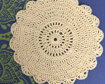 Yellow placemat/ doily