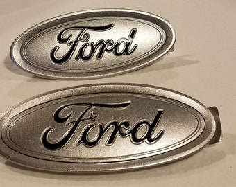 """2016-7-8 NEW FORD fusion  """"ingot silver and black logo bjt any color logo is available , emblem set,fits focus,oem,all ford models available"""